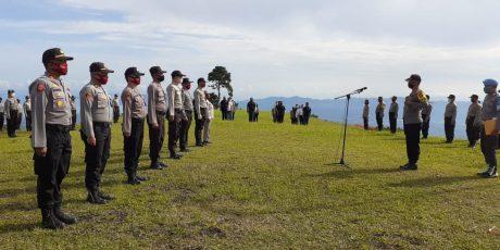 19 Personil Polres Tomohon Naik Pangkat, Upacara Digelar di Puncak Tetetanah