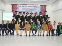Lolowang Hadiri Wisuda Akademi Fisioterapi St Lukas