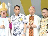 Eman Hadiri Perayaan Umat Katolik 150 Tahun Bertumbuh di Kevikepan Tomohon