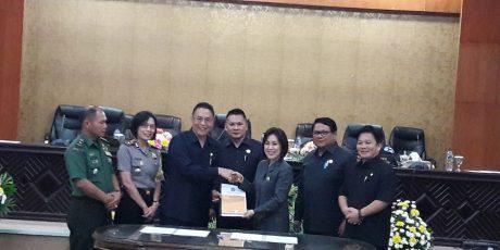 Rekomendasi Pansus LKPJ Siap Ditindaklanjuti Wali Kota Tomohon