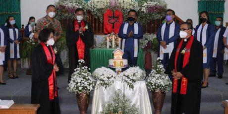 Wali Kota Tomohon Hadiri Syukur Hut ke-160 Jemaat Solafide Tinoor