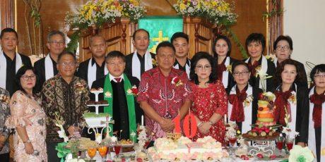 Lolowang Dampingi Gubernur Sulut Hadiri Syukur HUT ke-10 GMIM Efrata Kamasi